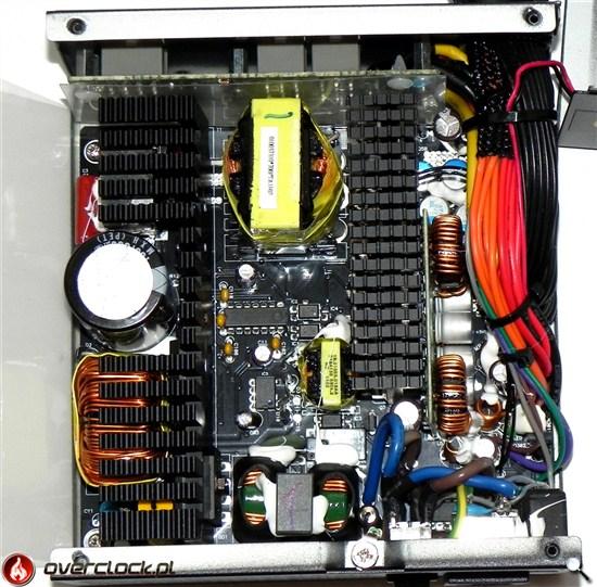 SilentiumPC Supremo M1 700 W